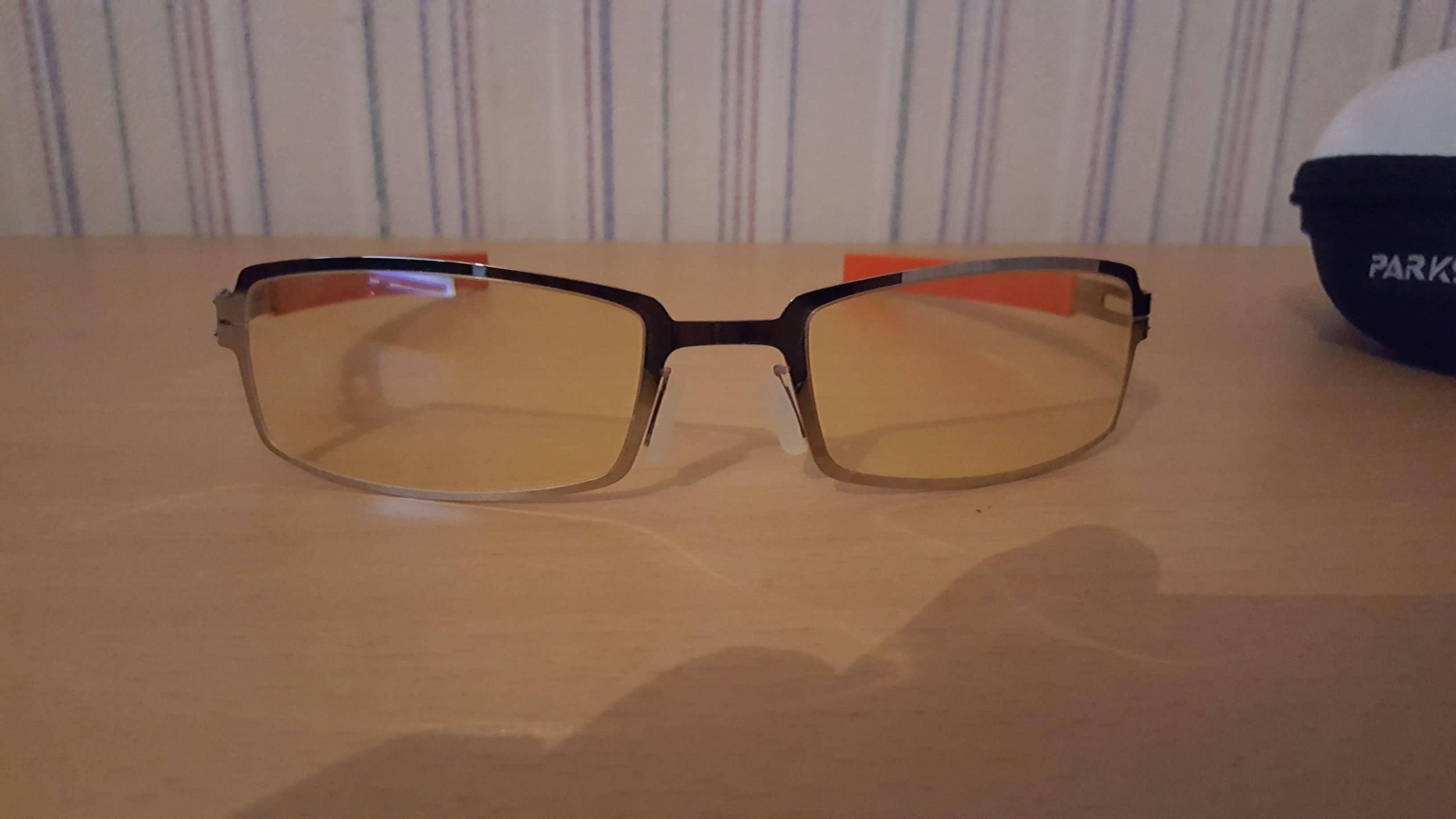 318d0e5796b4ae Pour le coup, je pense que ce type de lunette est important lorsque l on  passe énormément de temps devant les écrans. Cela l est d autant plus que  l on ...